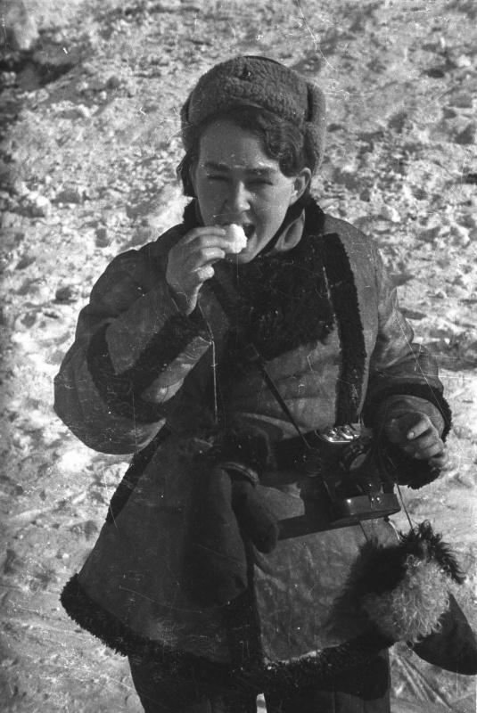 Фотокорреспондент Наталья Боде в Сталинграде. 1943 год.