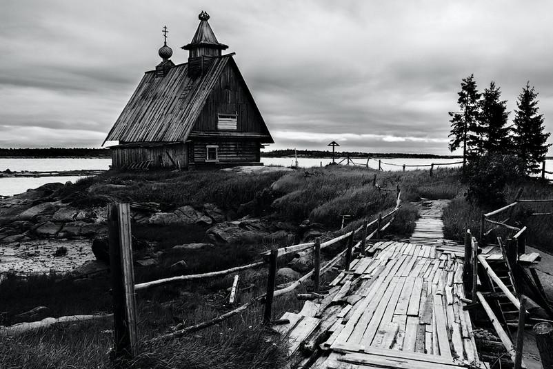 Старая церковь. Автор – Алексей Заводский