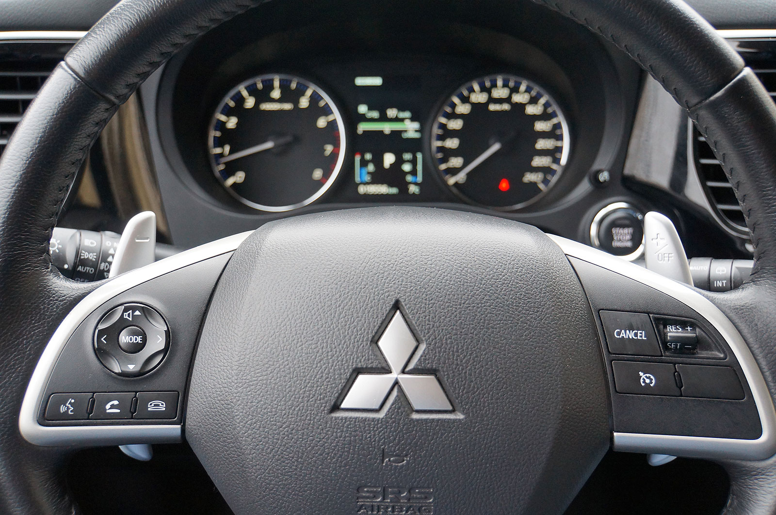 Mitsubishi Outlander - Комфорт