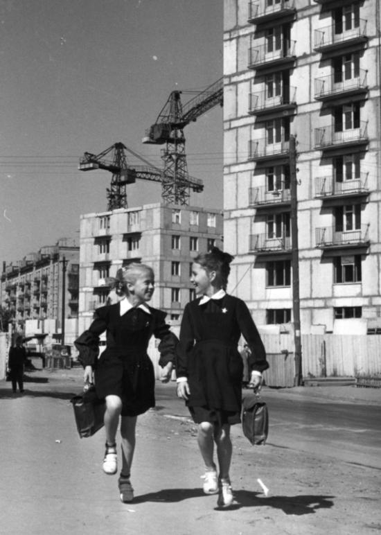 Дмитрий Воздвиженский и Нина Свиридова. Новоселы. 1960