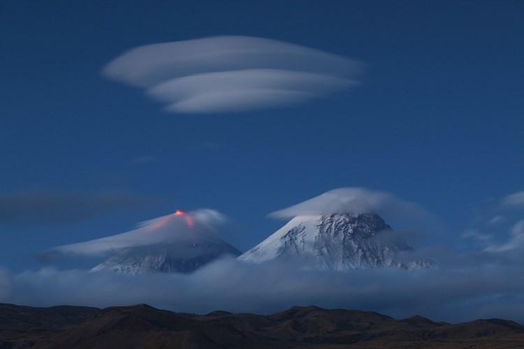 Извержение вулкана Ключевская сопка в 2010 году. Фото: Денис Будьков