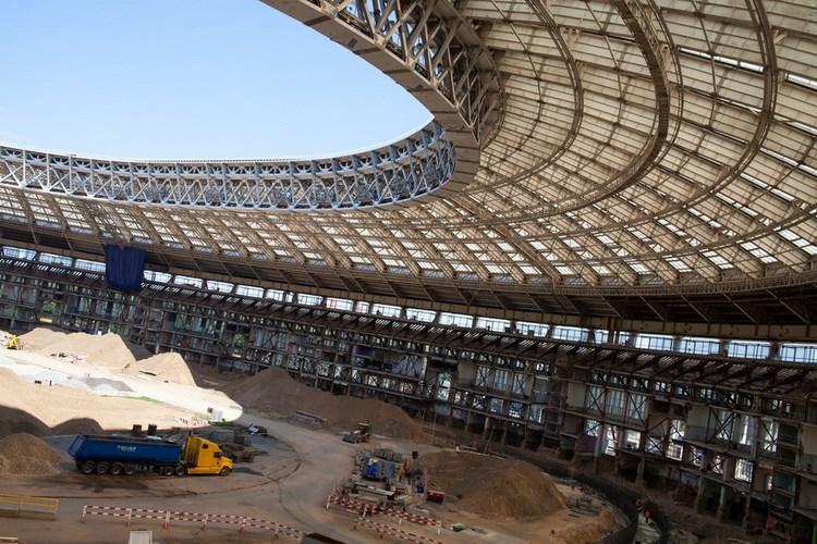 Реконструкция стадиона Лужники. Фото Марата Дюпри