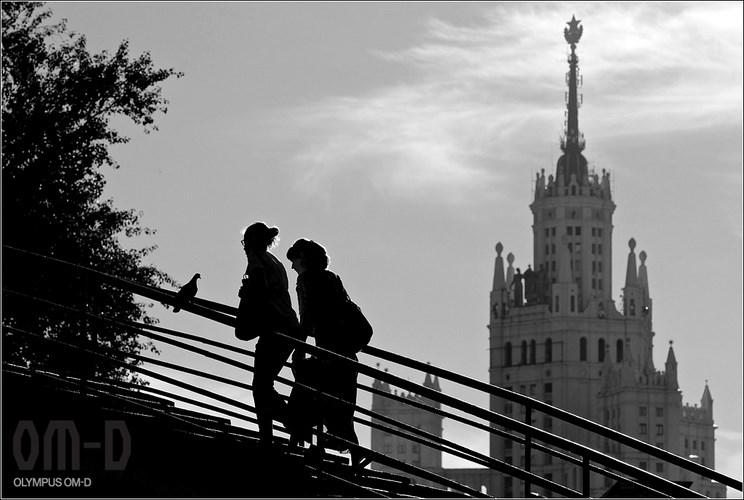 Автор - Олег Смолий
