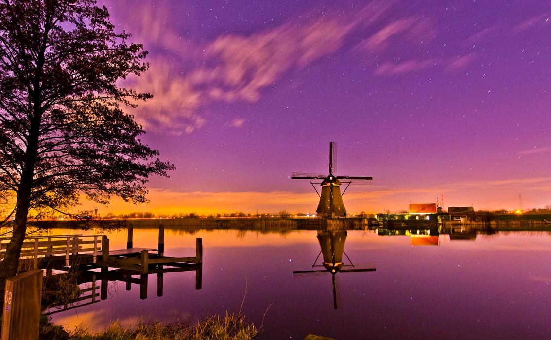 Пейзажи с мельницами. Фото:Nico Alsemgeest