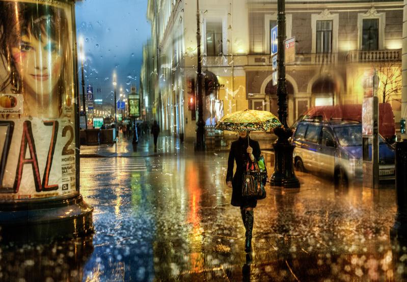 Фото - Эдуард Гордеев. Одиноко идущая девушка