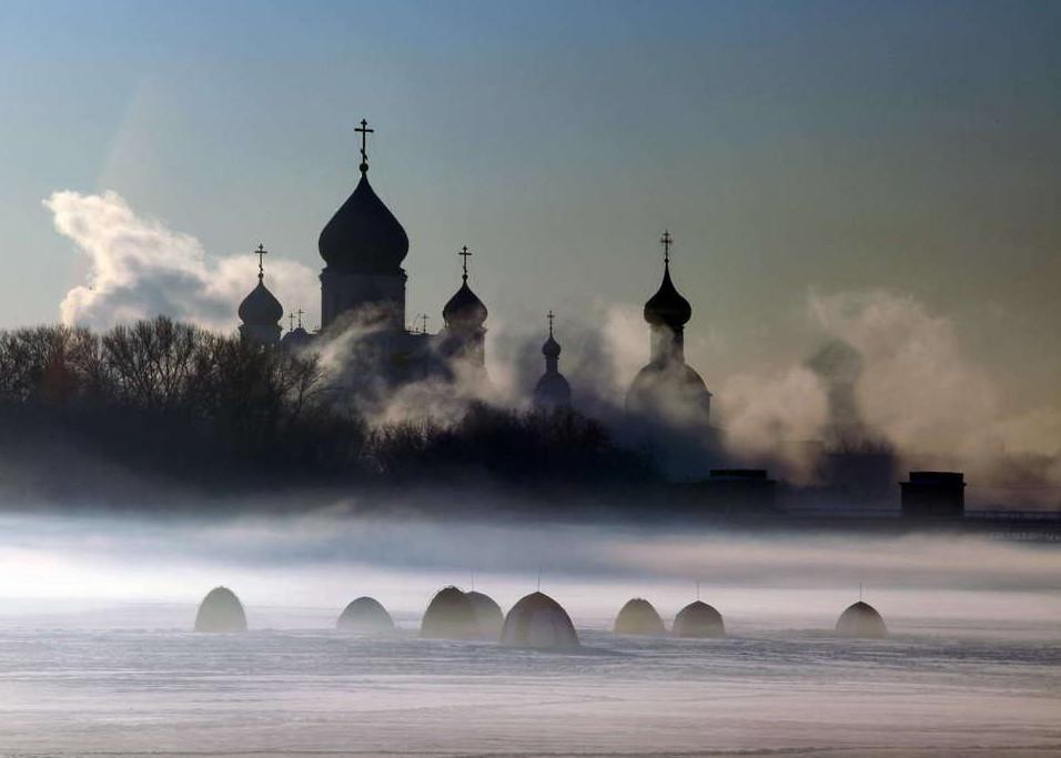 19 mihailbib moroznoe utro u nikolo perervinskogo monastyrya na moskve reke 30 великолепных зимних пейзажей