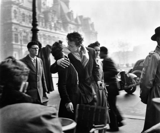 Робер Дуано, Поцелуй на площади Отель-де-Виль,