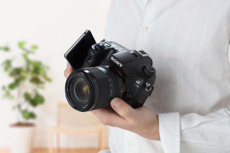 Sony Alpha – α77 II A77teb_lifestyle_wmen_expoct2015_nfc-01-1200