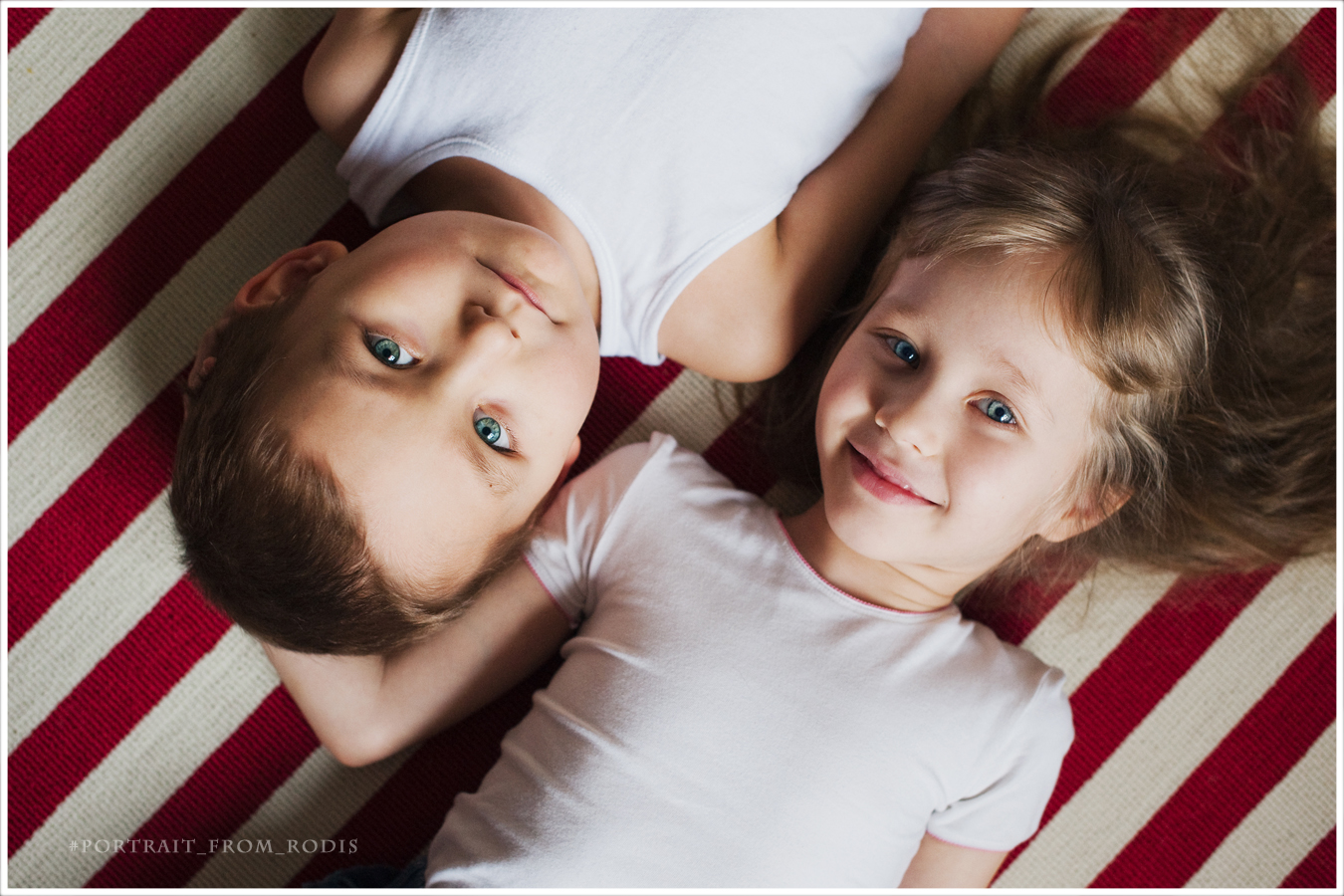 Брат с сестричкой 14 фотография